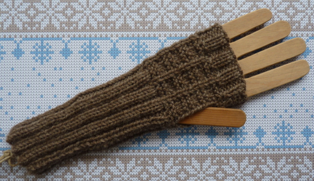 fingerless mitts 4