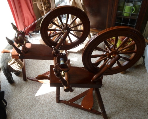 A rare sight!  Two sloping bed wheels together - mine and Jane Cooper's