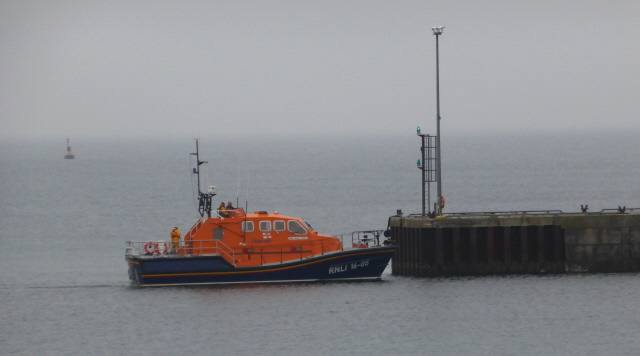 RNLI at Flotta 002