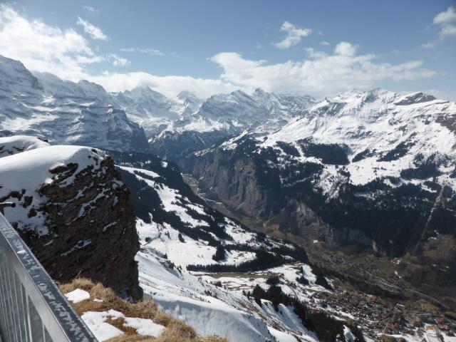 016 Lauterbrunnen valley from M