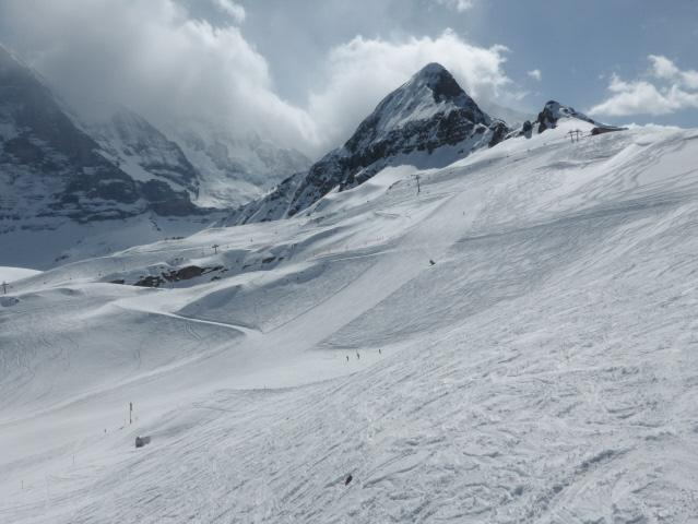 018 Tschuggen and snow